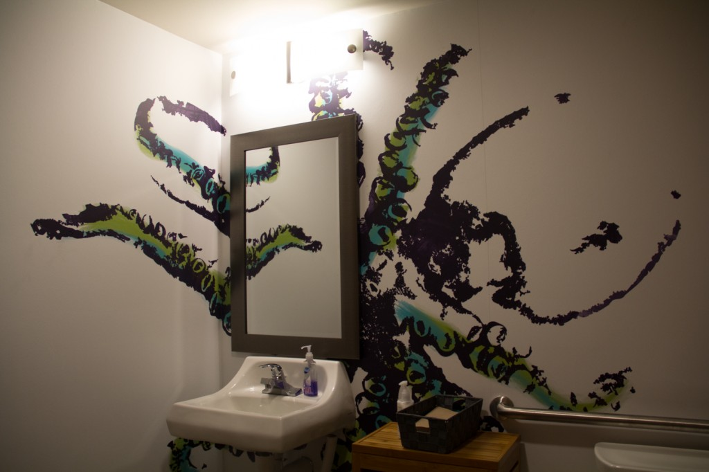 Octopus vinyl wall graphics in bathroom