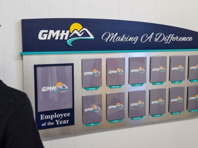 2119How to Design An Employee Recognition Display